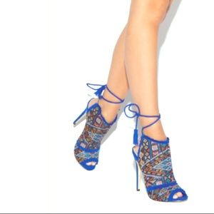 💙ROYAL BLUE HEELS - 7.5💙